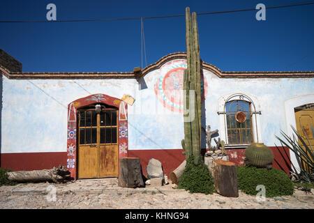 Mexican architecture in Mineral de Pozos - Stock Image