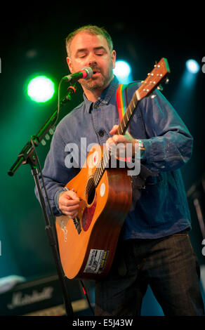 Dorset, UK. 1st Aug, 2014. Steve Mason  on stage at Camp Bestival  Lulworth Castle & Park, East Lulworth, Wareham, - Stock Image