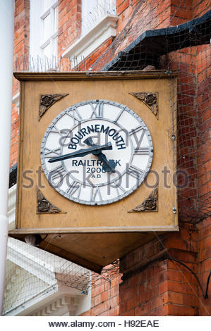 Railtrack Clock on Bournemouth Railway Station platform, showing the date of 2000 when the station was renovated - Stock Image