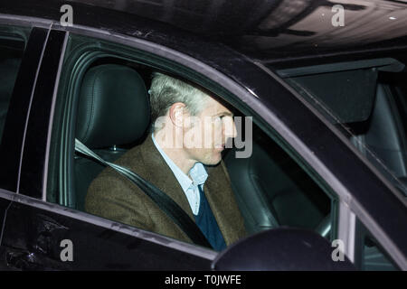 London, UK. 20th March, 2019. Zac Goldsmith, Conservative MP for Richmond and North Kingston, leaves the House of Commons on the evening that Prime Minister Theresa May was meeting Opposition leaders to discuss extending Article 50 before travelling to Brussels tomorrow for an EU summit. Credit: Mark Kerrison/Alamy Live News - Stock Image