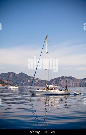 Yacht sailing on the sea - Zahyntos - Stock Image