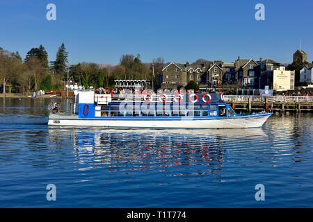 Windermere Lake Cruises,Miss Cumbria,arriving at Bowness on Windermere with a late afternoon cruise,Lake District,Cumbria,England,UK - Stock Image