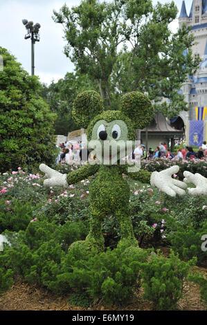 Mickey Mouse topiary, Magic Kingdom Park, Walt Disney World, Orlando, Florida - Stock Image