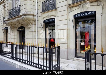 PARIS, FRANCE - JULY 22, 2017: Giorgio Armani fashion luxury store in avenue Montaigne in Paris, France. - Stock Image