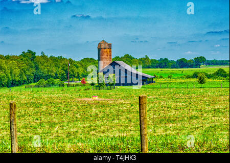 Kentucky landscape with barn and silo - Stock Image