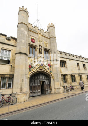 Redecorated frontage Christs college Cambridge - Stock Image