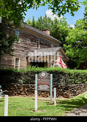 Rose-Morris craft house front entrance in Old Alabama Town, an outdoor museum, in Montgomery Alabama, USA. - Stock Image