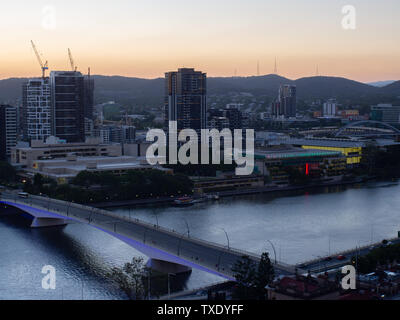 Brisbane City And Brisbane River In The Evening - Stock Image