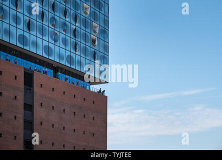 Elbphilharmonie (Elbe Philharmonic Hall), a modern concert hall with contemporary architecture in HafenCity, Hamburg, Germany. - Stock Image