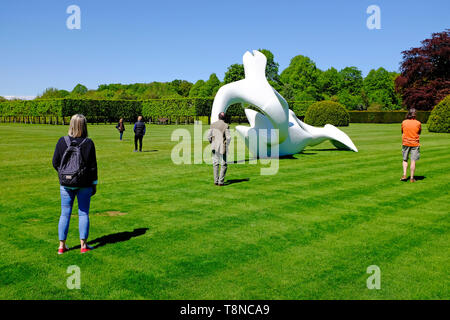 henry moore sculpture at houghton hall, norfolk, england - Stock Image