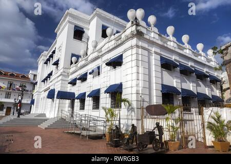 National Institute of Culture, former Supreme Court Building, and small theatre building exterior in Casco Viejo Panama City, Panama - Stock Image