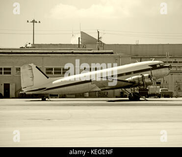 Old DC 3 airplane - Stock Image