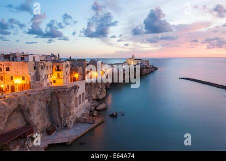 Town with San Francesco church, Vieste, Gargano, Foggia district, Apulia, Puglia, Italy - Stock Image