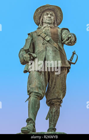 Statue Of Oliver Cromwell St. Ives UK - Stock Image