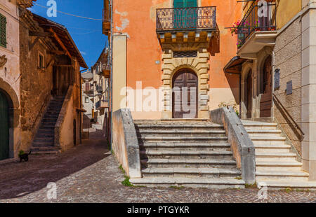 A quiet street scene in Castrovalva, situated in the Province of L'Aquila in the Abruzzo region of Italy. - Stock Image