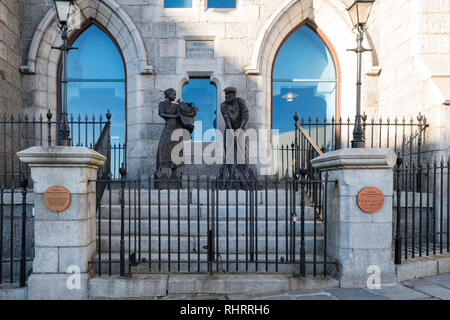 Aberdeen fishing industry memorial outside the Maritime Museum, Shiprow, Aberdeen, Scotland, UK - Stock Image