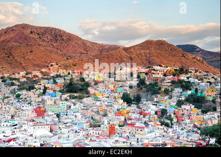 An aerial view of Guanajuato, Mexico at dusk. - Stock Image