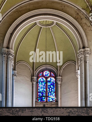 Zionskirche, Zion church interior, stained glass window,columns & arched ceiling. Mitte-Berlin, Germany - Stock Image