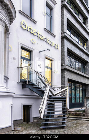 Tiergarten-Berlin,Haus am Lützowplatz. House on Lützow square, Contemporary Art gallery in 19th century building with metal staircase sculpture - Stock Image
