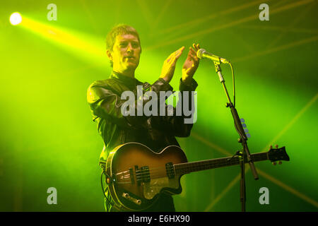 Southsea, Hampshire, UK. 24th August, 2014. Victorious Festival - Sunday, Southsea, Hampshire, England.  Guitarist - Stock Image
