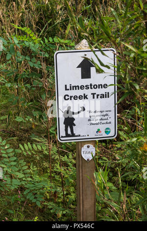 LIMESTONE, TN, USA-9/29/18: A sign at the head of Big Limestone Creek Trail, with a quote from Davy Crockett. - Stock Image