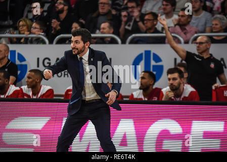 Germany, Bamberg, Brose Arena - 20 Jan 2019 - Basketball, German Cup, BBL - Brose Bamberg vs. Telekom Baskets Bonn - Image: Federico Perego (Brose Bamberg, Head Coach)  Photo: Ryan Evans Credit: Ryan Evans/Alamy Live News - Stock Image