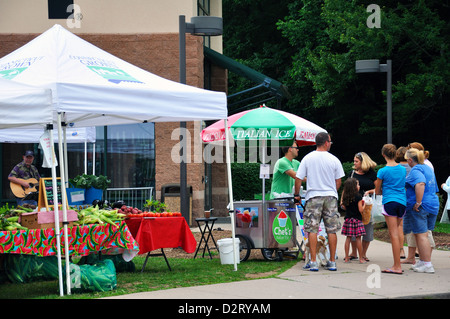 Farmers market in Avon, Connecticut, USA - Stock Image