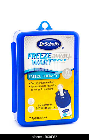 A blue plastic box of Dr. Scholl's Freeze Away wart remover for common and plantar warts. - Stock Image