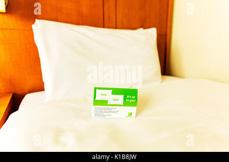 Holiday Inn pillow choices, pillow choices, Holiday Inn comfort, choose pillow, choose pillows, comfort, home comforts, pillows, bedding, soft, firm, - Stock Image