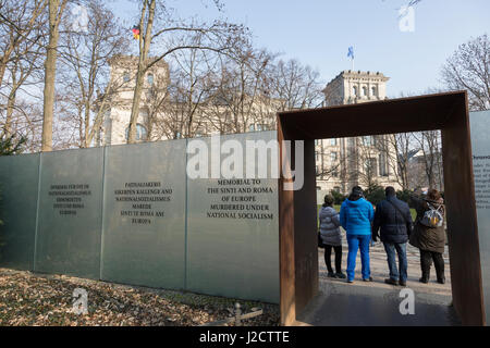 Germany, Berlin. Tourists at Holocaust Memorial to the Sinti and Roma (Gypsies). Credit as: Wendy Kaveney / Jaynes - Stock Image