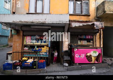 Corner shop in old street in Istanbul in Turkey. - Stock Image
