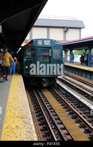 NEW YORK, NY - JUNE 17: Vintage train waits at the Brighton Beach Subway station during New York Transit Museum's Parade of Train on Coney Island in B - Stock Image