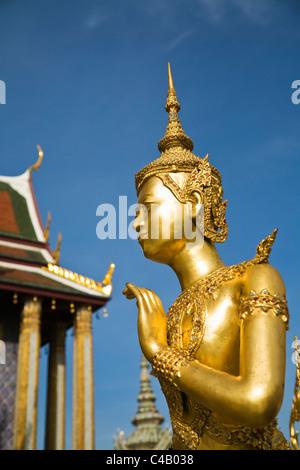 Thailand, Bangkok. A Kinora (mythical half man half bird creature) at Wat Phra Kaew (Temple of the Emerald Buddha). - Stock Image
