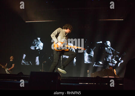 London, UK. 02nd Feb, 2019.  Snow Patrol  are Irish pop band they  performed there last UK tour date in 2019 at Wembley Arena - Credit Glamourstock Credit: glamourstock/Alamy Live News - Stock Image