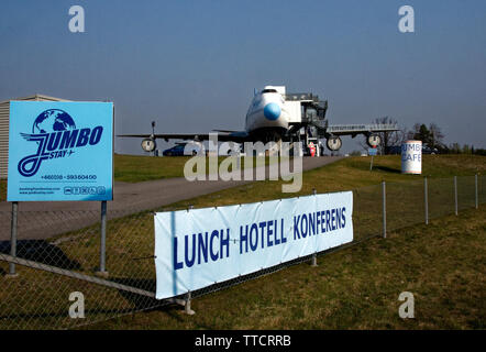 The Jumbo, boutique hotel from an old 747, by Arlanda airport, Stockholm. - Stock Image