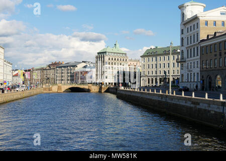 Norra Hamngatan in Gothenburg. A main thoroughfare both by road and water - Stock Image