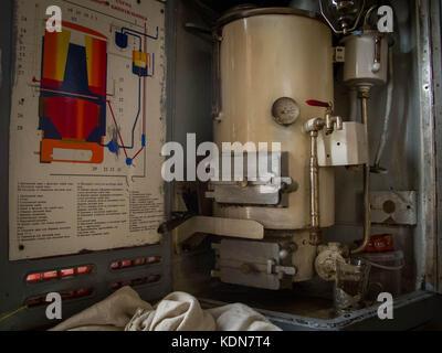 RUSSIA MAI 17 : Dans chaque wagon du transsiberien, il y a un Samovar a disposition des voyageurs, l'eau chaude - Stock Image