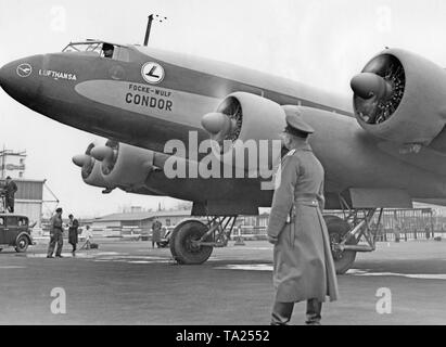 A four-engine Focke-Wulf FW 200 Condor of the Lufthansa before its takeoff. - Stock Image