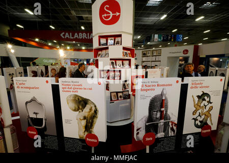 Turin, Piedmont, Italy, 10th May, 2018. International Book fair 2018,first day. Il Saggiatore publisher's stand Credit: RENATO VALTERZA/Alamy Live News - Stock Image