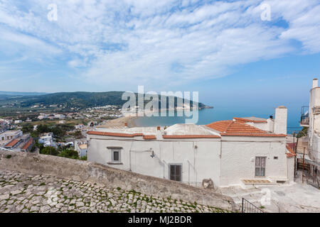 Peschici (Puglia, Italy) - View of the little picturesque village in south Italy - Stock Image