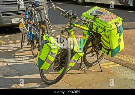 Paramedic bicycle parked on the pavement in Central London - Stock Image