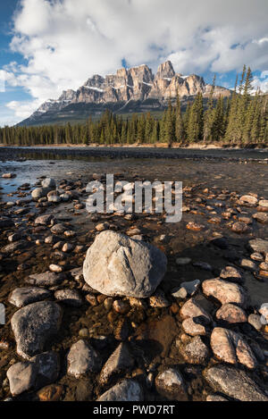 Castle Mountain and Bow River sunset, Banff National Park, Alberta, Canada - Stock Image