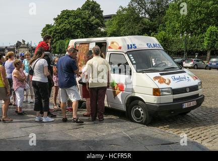 A busy ice cream van in Brussels, Belgium. - Stock Image