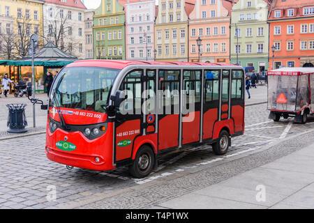 Electric powered tourist bus, Wrocław, Wroclaw, Wroklaw, Poland - Stock Image