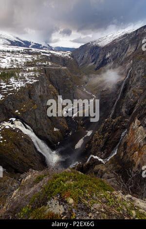 Voringsfossen, Waterfall, View, Hardangervidda, Eidfjord, Norway, Europe - Stock Image