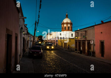 Old Mexican town at night Mineral de Pozos - Stock Image