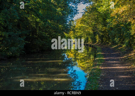 Grand Union Canal,Towpath,Quiet,Picturesque,Leamington Spa,England,UK - Stock Image