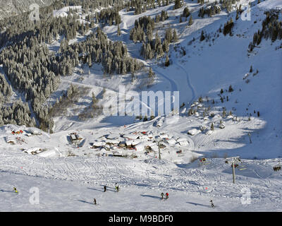The busy ski resort of Chatel in the Portes du Soleil area of France, restaurants at Pre La Joux - Stock Image