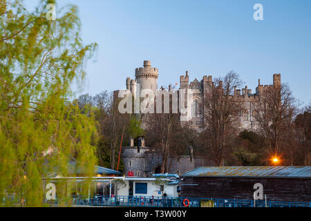 Dawn at Arundel Castle in West Sussex, England. - Stock Image