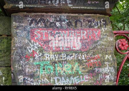 Strawberry Field stone gatepost on Beaconsfield Road, Woolton, Liverpool, the inspiration for Beatles/John Lennon's song 'Strawberry Fields Forever'. - Stock Image